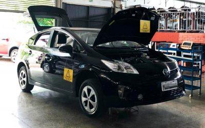 Como funciona a manutenção dos carros híbridos e elétricos?